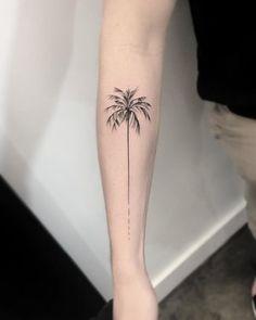 minimalist line tattoos Palm Tattoos, Bff Tattoos, Subtle Tattoos, Spine Tattoos, Forearm Tattoos, Hawaiianisches Tattoo, Paris Tattoo, French Tattoo, Delicate Tattoo