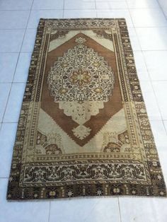Faded rug, rug, bohemian rugs, oushak floor rugs, oushak rug, floor rug, area rug, turkish rug, handwoven rug, antique rug, anatolian rug by Simavrug on Etsy