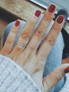 [tps_header]Blue Nile is the world's leading diamond jeweler online. They offer high-quality engagement rings and fine jewelry at prices that are below traditional retail. You could also create your own custom e...