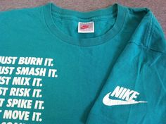 Vintage NIKE Grey Tag 90s T-Shirt JUST DO IT Aqua Sleeve Swoosh USA Made Size M #Nike #GraphicTee