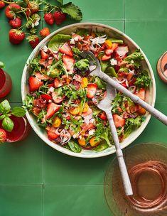 Spring Salad with Berries and Bacon Meat Salad, Bacon Salad, Salad Bar, Strawberry Salads, Strawberry Vinaigrette, Southern Salad, Salad Places, Spring Salad, Vegetable Sides