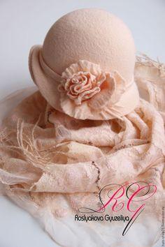 Купить Валяный комплект  Чайная роза - цветочный, войлок ручной работы, 100% шерсть