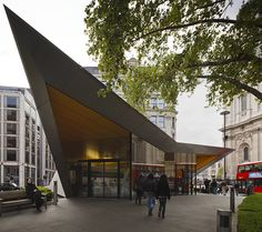 © invisiblegentleman.com | city of london information centre | make architects