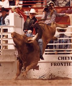 Tuff Hedeman | Tuff Hedeman Graphics, Pictures, & Images for Myspace Layouts Rodeo Cowboys, Real Cowboys, Cowboy Horse, Cowboy And Cowgirl, Cheyenne Frontier Days, Bucking Bulls, Rodeo Events, Professional Bull Riders, Trick Riding