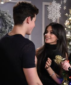 Recording artists Shawn Mendes and Camila Cabello of Fifth Harmony. Love Couple, Best Couple, Camila Cabello Style, Shawn And Camila, Youtubers, Camilla Mendes, Shawn Mendes Imagines, Shawn Mendes Eyes, Shawn Mendes Wallpaper