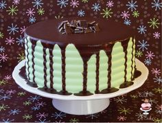Andes Mint Chocolate Cake Recipe Want a slice of heaven? Try this decadent and delicious Andes Mint Chocolate Cake. The ganache in the recipe can be cut in half to cover your cake, but why not have. Andes Mint Chocolate Cake Recipe, Andes Chocolate, Chocolate Ganache Cake, Dark Chocolate Chips, Chocolate Buttercream, Delicious Chocolate, Mint Cake, Let Them Eat Cake, Just Desserts
