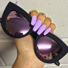 Lilac nails Pinterest: @cartierarmani