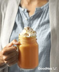 Fuel fall mornings with a Pumpkin Pie Smoothie for a protein-packed breakfast, featuring Libby's® 100% Pure Pumpkin. More details at GoodNes.com.