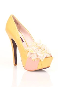 Yellow Shoes <3