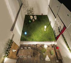 Casa F-51: Terrazas de estilo Moderno por Miguel de la Torre Arquitectos