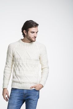 This men's textured sweater is both showy while still staying simple & stylish. This men's textured sweater is both showy while still staying simple & stylish. The sweater featu Jumper Knitting Pattern, Free Knitting, Knitting Ideas, Knitting Projects, Mens Cable Knit Sweater, Men Sweater, Matching Sweaters, Mens Jumpers, Stylish Men