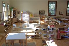 Montessori Classroom via Peaceful Pathways Montessori