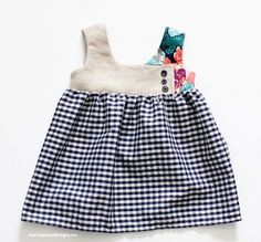 Cute little dress, make it for the princess in your life.