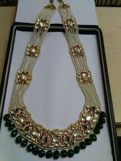 Indian Jewelry - Stylish Jewelry for that Indian Bride ** Check this useful article by going to the link at the image. Royal Jewelry, India Jewelry, Beaded Jewelry, Silver Jewelry, Diamond Jewelry, Bulgari Jewelry, Silver Rings, Indian Jewellery Design, Jewelry Design