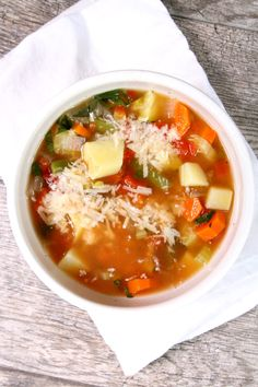 Super Easy and Delicious Vegetable Soup Recipe: 3 Weight Watchers SmartPoints per serving