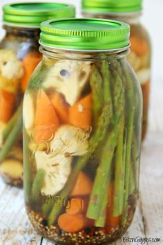 Overnight Pickled Vegetables - Perfectly pickled vegetables, great for eating alone or garnishing your Bloody Mary!