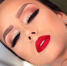 Eye Makeup Tips – How To Apply Eyeliner – Makeup Design Ideas Red Lip Makeup, Contour Makeup, Flawless Makeup, Makeup Eyeshadow, Bridal Makeup Red Lips, Red Dress Makeup, Bride Makeup, Drugstore Makeup, Sephora Makeup