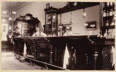 old west saloon Western Saloon, Old West Saloon, Pub Interior, Bar Interior Design, Cafe Design, Old West Photos, Vintage Hotels, Old Boats, Bars For Home