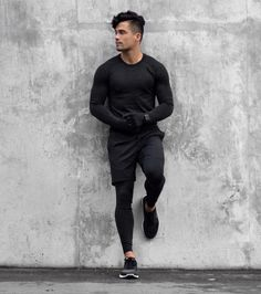 Health goth gym looks guys style ropa gym hombre, moda ropa Sport Fashion, Look Fashion, Mens Fashion, Gym Fashion, Fasion, Gym Outfit Men, Estilo Fitness, Sport Photography, Sport Chic