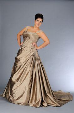 Fabuloso vestido para novias gorditas
