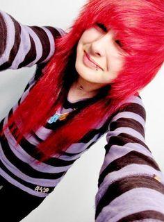 I want her hair SOO Bad D: