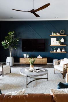 Accent Walls In Living Room, Living Room Tv, Home And Living, Dark Living Rooms, Living Room Ideas Tv Wall, Blue Feature Wall Living Room, Living Room Modern, Living Room Decor Accents, Small Living
