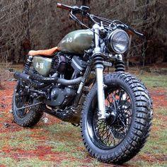 "Gefällt 8,934 Mal, 13 Kommentare - SCRAMBLERS & TRACKERS (@scramblerstrackers) auf Instagram: ""Scramblers & Trackers  by @caferacergram | Tag #scramblerstrackers | 'A-15' Harley-Davidson…"""