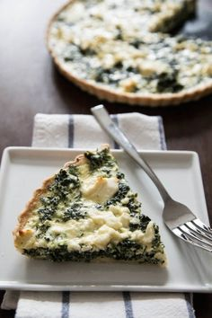 Spinach and Feta Quiche | TheCornerKitchenBlog.com #quiche #eggs #brunch
