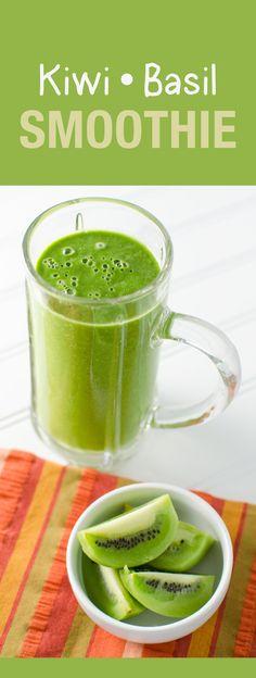 Basil Kiwi Smoothie - packed with immune boosting nutrients Kiwi Smoothie, Veggie Smoothies, Smoothie Packs, Smoothie Drinks, Smoothie Recipes, Healthy Drinks, Healthy Snacks, Healthy Fruits, Detox
