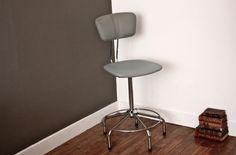 Chaise haute industrielle http://pastpluspresent.blogspot.fr/2010/12/la-chaise-industrielle.html