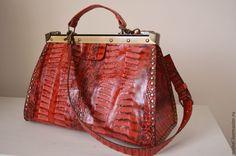 Купить Саквояж Красный кайман - ярко-красный, саквояж кожаный, саквояж женский, саквояж из кожи