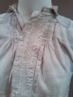Eusjandi: COLECCIÓN DE PRENDAS ORIGINALES Shirt Collar Styles, Banded Collar Shirts, Smocking Plates, Folk Costume, Girls Night, Clothing Patterns, Nightwear, Shirt Blouses, How To Wear