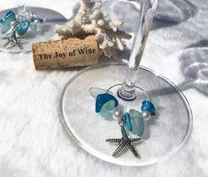 Beach Table Decor, Starfish Wine Glass Charm Sets, Beach Themed Decor, Unique Wine Gift, Beach Wedding Favors, Handmade, LasmasCreations. by LasmasCreations on Etsy