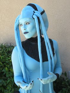 For San Diego Comic-Con this year I went as Diva Plavalaguna from the Fifth Element. Me: Plavalaguna: I bought 5 yards of...