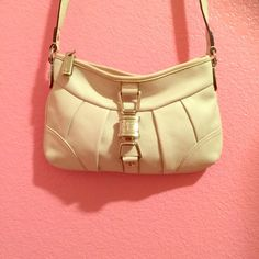 B Makowsky cream crossbody Gorgeous all leather cream B Makowsky cross body bag.  Very nice condition, extremely minor wear.  Has signature leopard B Makowsky interior.  Super cute bag, some scratching on the little decorative lock. B Makowsky Bags Crossbody Bags