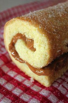 Vanilla Caramel Swiss Roll - From @aninasrecipes