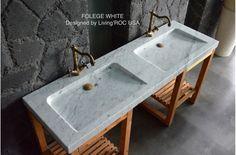 Creating a Tropical Bathroom on a Budget Eclectic Bathroom, Chic Bathrooms, Bathroom Styling, Double Trough Sink, Bathroom Sink Faucets, Washroom Tiles, Bathroom Mirrors, White Bathroom, Sinks
