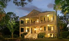 The Oge Inn on the Riverwalk,   San Antonio, Texas