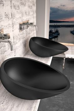 Glass Design's modern bath sink / Air Collection