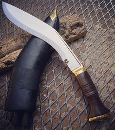 The Kukri or khukuri the traditional knife of the Gurkha soldiers in Nepal  by @coltelleriacollini @knives.it  buy: knives.it ------------------------------- #hunting #hunter #nepal #gurka #forest #intothewild #intothewoods #mountains  #hunt #bushcrafting #naturelovers #hunters #explore #exploremore #bushcraft #neverstopexploring #survival  #woodsman #hiking #camping #wanderlust #wildernessculture #thegreatoutdoors #getoutside #wilderness #mountains #knives #knife #customknife #kukri