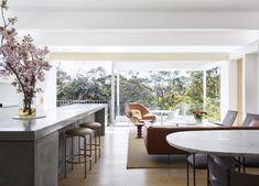 Australian Interior Design, Interior Design Awards, Australian Homes, Australian Architecture, Modern Interior, Home Living Room, Living Spaces, Compact House, Timber Beams