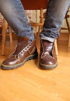 Vintage Mens Contrast Stitching Boots