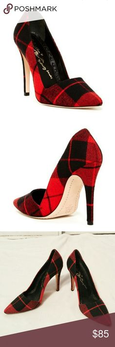 "Alice + Olivia Dina plaid pumps 39.5 BRAND: Alice + Olivia  SIZE: 39.5  FLAW: wear on the soles  COLOR: black and red  DESCRIPTION: Gorgeous red and black plaid pumps. Perfect for fall! Retails $345. The Alice + Olivia Dina pump emphasizes graphic precision in multicolored plaid with an angular topline. Sizing: True to size - Almond toe - Allover plaid - Slip-on - Stiletto heel - Approx. 4.5"" heel  Use #bishoujo to sort for your size. Please note I do have several pets, but most items will…"