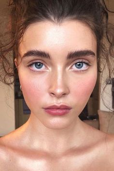 Flushed cheeks -- what I try to do all the time!! soooo pretty ~~ 6 Prettiest Spring Makeup Trends 2018 - Top Spring Beauty Ideas
