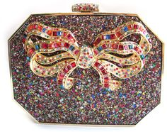 Vintage Judith Leiber. Beaded Clutch, Beaded Purses, Beaded Bags, Vintage Purses, Vintage Handbags, Fashion Bags, Fashion Accessories, Beautiful Bags, Beautiful Shoes