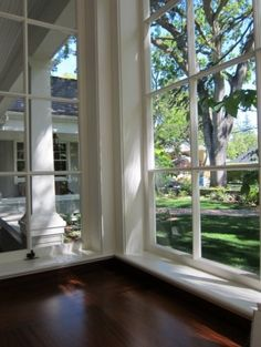 I would love to have floor-to-ceiling windows in some places of my next house.