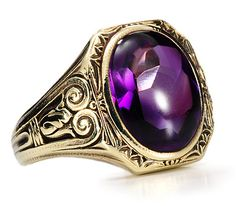 Royal Rivalry - Art Deco Amethyst Ring,  Made by the firm of Jones and Woodland (later purchased by Krementz) - 3450$
