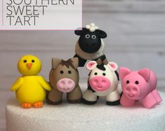 Fondant Farm Animals Cake Toppers - Personalised, Edible and Made to Order - Farm animals - Birthday Cake Topper Unicorn Cupcakes, Unicorn Cake Topper, Cow Cakes, Cupcake Cakes, Farm Animal Cakes, Farm Animals, Vegetable Garden Cake, Horse Cake Toppers, Cardboard Box