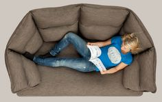 Enveloppe Sofa: This sofa would rock...and be so awesome for knitting.