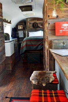 Astounding 65+ Stunning Airstream Trailer Hacks Remodel Makeover Ideas https://freshouz.com/65-stunning-airstream-trailer-hacks-remodel-makeover-ideas/